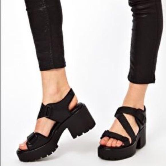 2b000b065c5 Vagabond Dioon sandal NWT