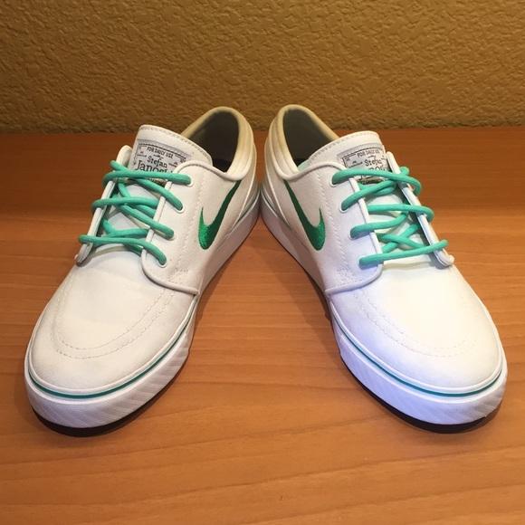 Women s Custom Nike ID Stefan Janoski Shoes. M 57cc903cc6c795cbec003791 476f308f6f68