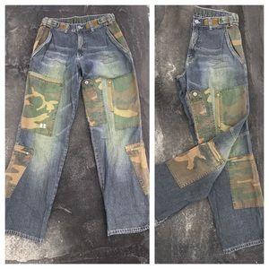 Dr. Denim Denim - VINTAGE 90s Baggy Jeans & Camouflage patching