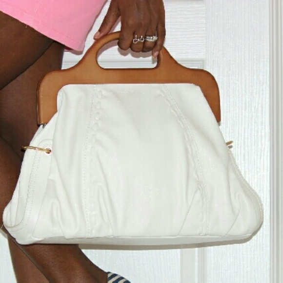 JustFab Handbags - White tote