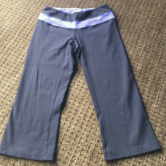 Lucy Crop Yoga Pant From Teresa's