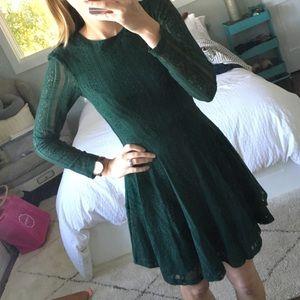 H&M Dresses & Skirts - Green lace long-sleeve dress