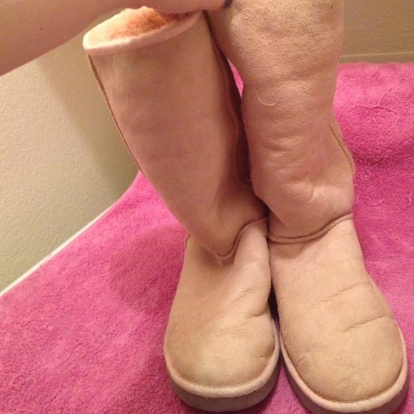 pale pink uggs