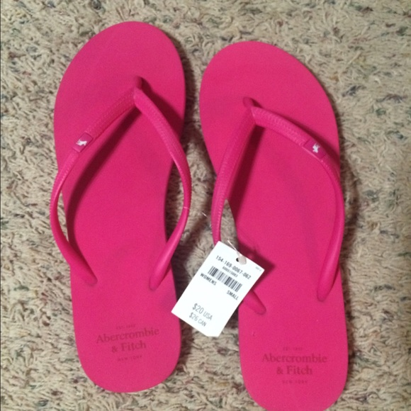 63457e48afc942 Abercrombie   Fitch Pink Flip Flops