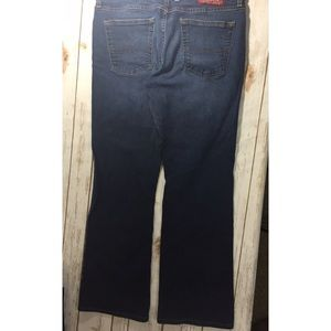 Lucky Brand Jeans - Lucky Brand mid rise flare size 32 inseam 29