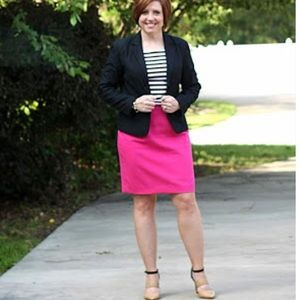 Hot pink pencil skirt *HOST PICK* 10/28