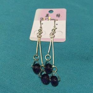 Jewelry - Purple ear rings