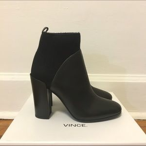 New in box Vince Emerson stretch ankle boots