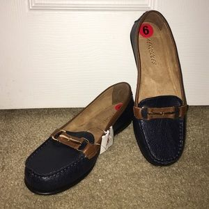 Brand new aerosoles loafers