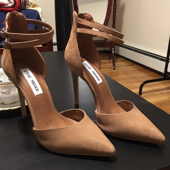 Steve Madden Shoes | Pointed Toe Pumps