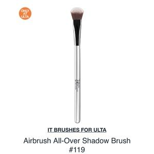 It Cosmetics x ULTA Airbrush All-Over Shadow Brush #119 by IT Cosmetics #15