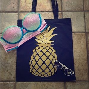 Salt Lake Clothing Handbags - Pineapple tote