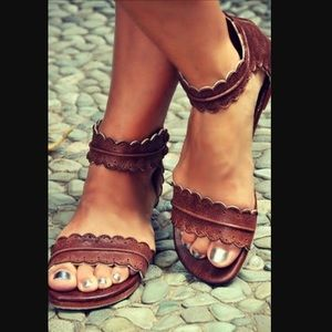 Shoes - Bali ELF Midsummer leather sandals NUDE US 8