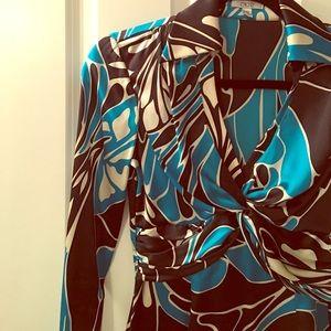 Cache Tops - Beautiful 100% silk blouse