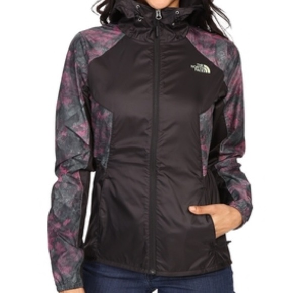 cdecceea8 NWT North Face Women's Flyweight Hoodie Boutique