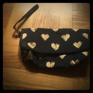 Lesportsac heart clutch. With wristlets option