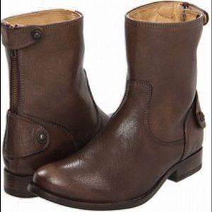 Melissa Button Zip Short Boots
