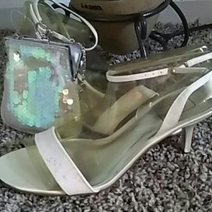 Shoes - White ankle strap heels w open toe