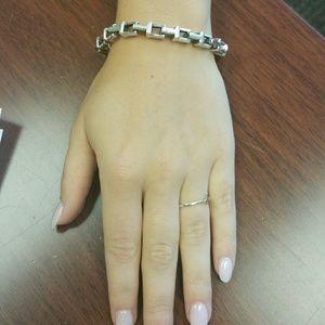 df9290971e280 Tiffany & Co. Accessories - Tiffany T Chain Bracelet in Sterling Silver