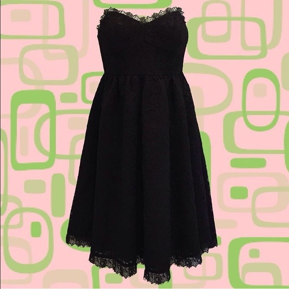 Dresses & Skirts - Black Lace Bustier Dress