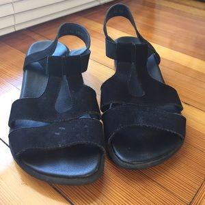 Arche Shoes - Arche black Nubuck Leather walking sandals Paris 6