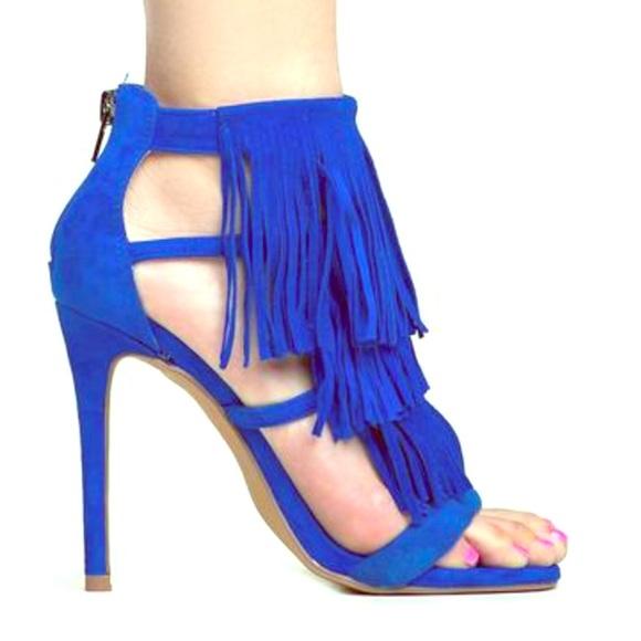 0df6843f1d2 NWB Steve Madden Fringly Blue Heel. NWT