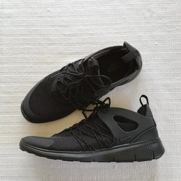 649e2eb471343 Women s Nike Free Viritous Black Running Shoes
