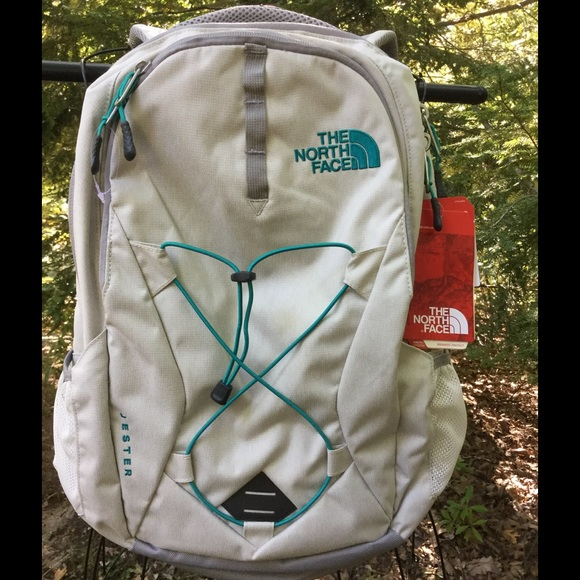de87e6d36 North face WOMENS Jester backpack grey / green NEW NWT