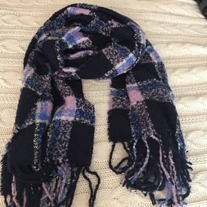 Aerie navy, blue, and lavender nubby blanket scarf