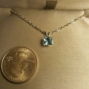 Jewelry - NWOT - Aquamarine pendant necklace, in SS