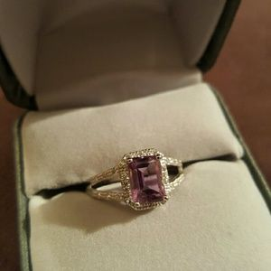 Jewelry - NWOT - Amethyst ring SS.925, w/Wht Go