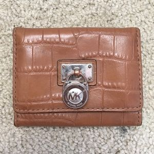 Michael Kors Handbags - *DISCOUNT SHIPPING*Michael Kors alligator cardhold