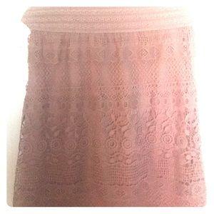 •Super cute lace skirt•