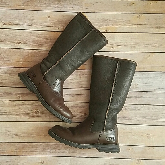 Uggs Brooks Tall Leather Boot Sz 6