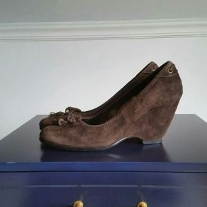 Vaneli Shoes - Van Eli suede shoes in 8 n