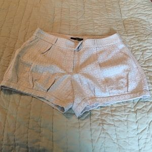 She said Pants - Cream boutique style shorts