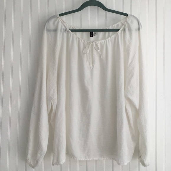 22ccfb5586f3c H M Tops - White peasant blouse top by H M Dividend
