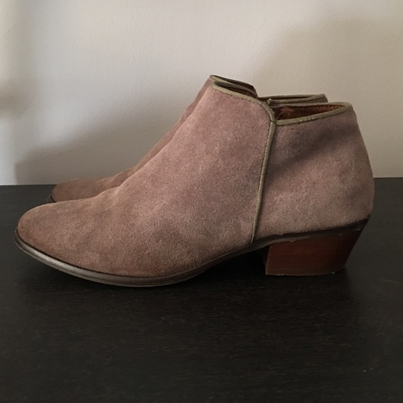 Crown Vintage Tabitha Booties In Taupe