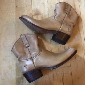 Tan FRYE boots size 6