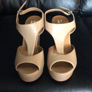 Super cute Heel Sandal