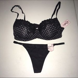 Candie's Other - Candies Bra And Panties Set NWT 34C Bra