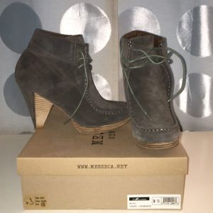 Messeca suede lace-up blue-gray booties sz 10
