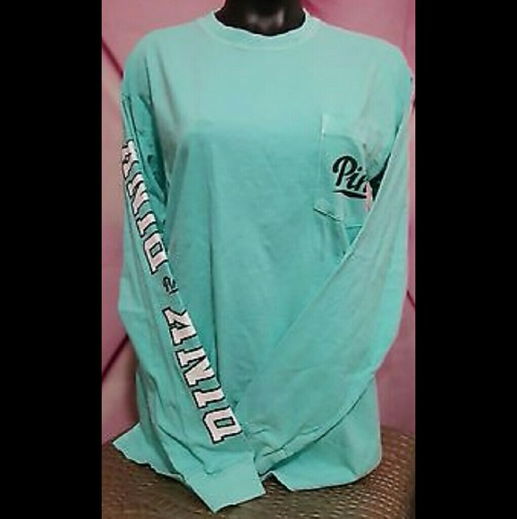 0be403f222cc3 VS Pink long sleeve campus tee Blue. M 57ce0ccdeaf030796e000c16