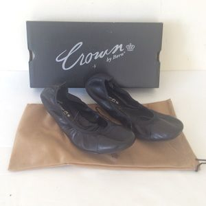 Crown By Born Alyce Black Flats 9.5