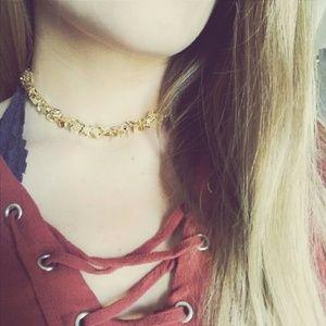 Jewelry - Dangling Dressy Gold Choker