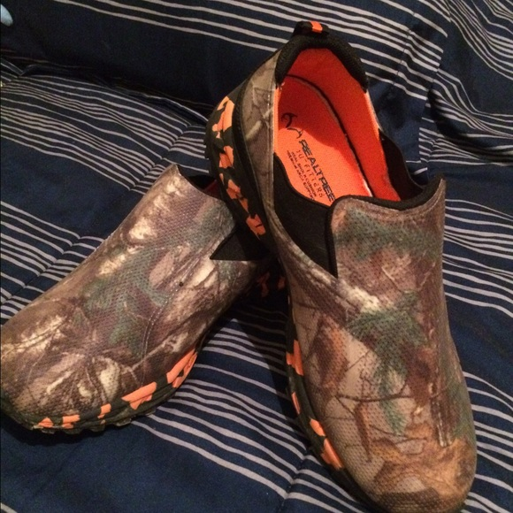 f5e917c9a0f91 Realtree Shoes | Mens 8 Camo Slip On Tennis | Poshmark
