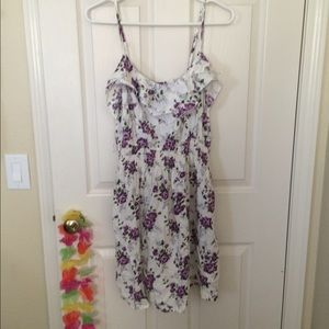 Mia Chica Dresses & Skirts - Floral strappy dress!