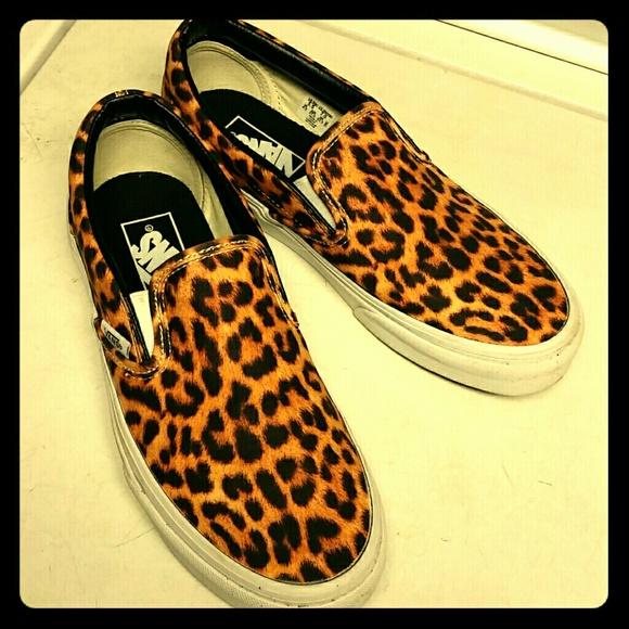 Vans Shoes   Size 7 Leopard Print Slip