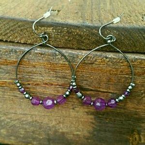 Jewelry - Purple dangle hoop earrings