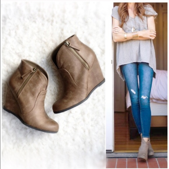 shoes 6 65 onlynib taupe distressed wedge booties poshmark